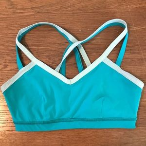 Lululemon water bound sports bra
